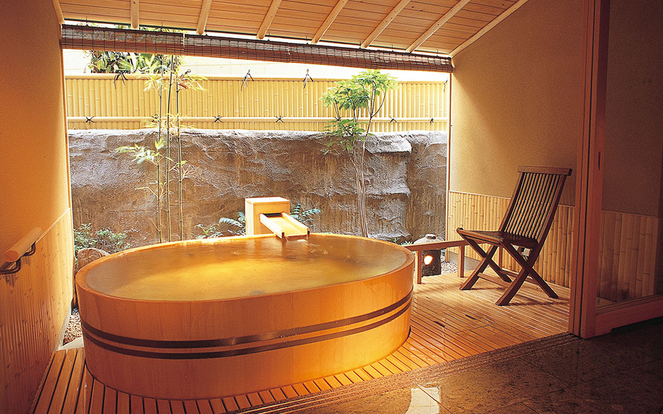 Wooden Barrel Bathtub Akane